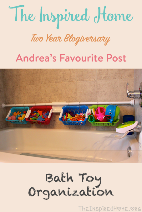 TheInspiredHome.org // Bath Toy Organization. Looking for a simple way to control the toys? This bathtub toy organizer is both simple & cheap!