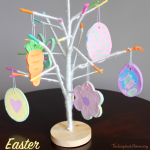 TheInspiredHome.org // Easter Baking Soda Dough Ornaments - a spin on the traditional salt dough ornament. A great craft for toddlers, preschoolers or even bigger kids.