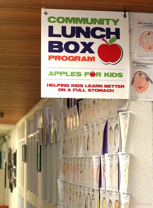 Community Lunchbox Sign