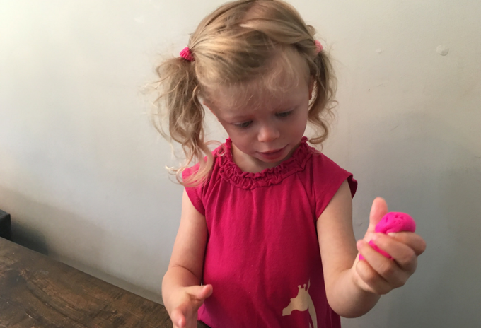 TheInspiredHome.org // Learning fine motor skills using Play-Doh
