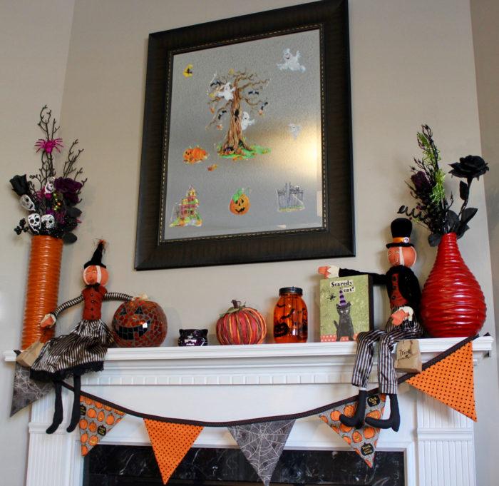 TheInspiredHome.org // DIY Halloween Mantel Ideas